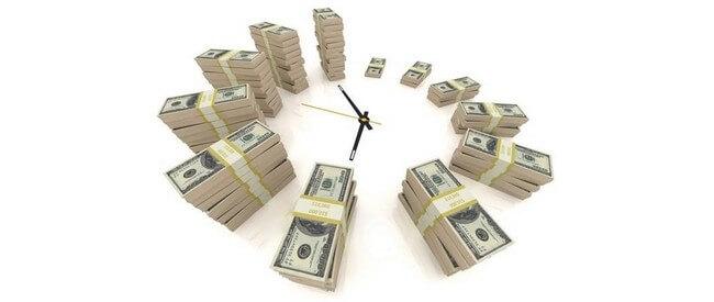 Стопки долларов и часы