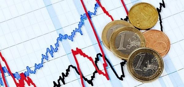 График с растущей кривой и евро