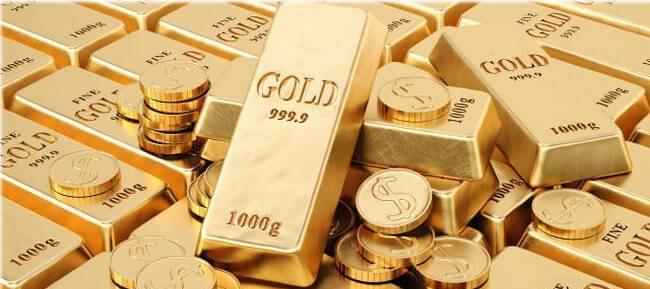 Золотые слитки и немного монет