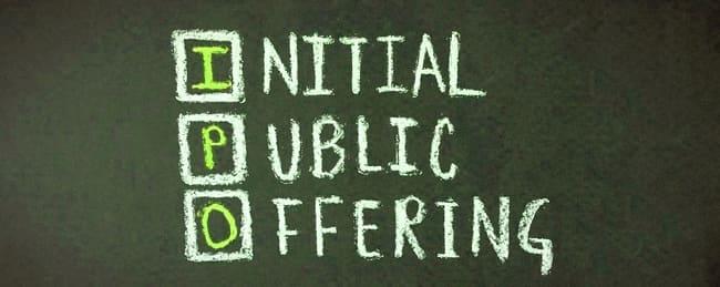 Надпись на доске Initial Public Offering